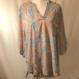 Liberty Love Hi/Lo Tunic w/adjust sleeves - FINAL